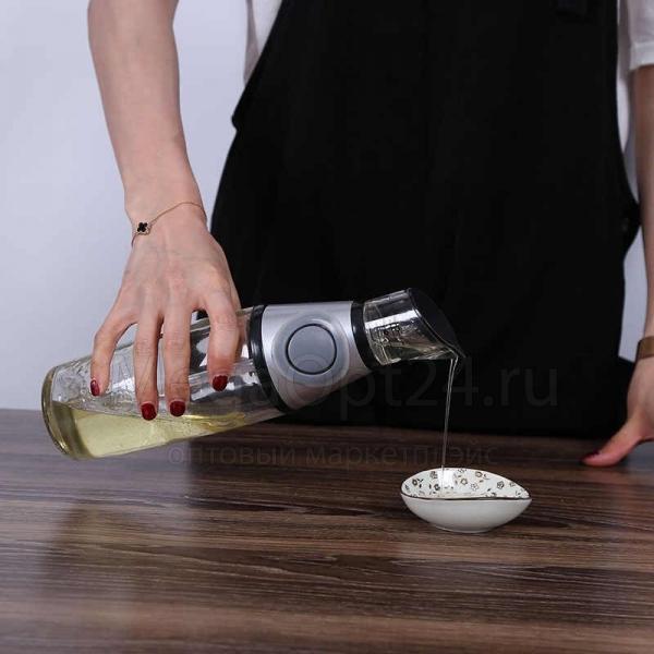 Диспенсер с дозатором Press Measure Oil Dispenser