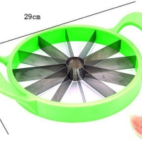Нож для нарезки арбуза на равные дольки Watermelon Slicer