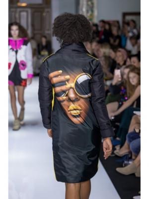 Куртка черно-жёлтая