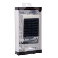 Внешний аккумулятор на солнечных батареях Solar Charger 20000mAh .